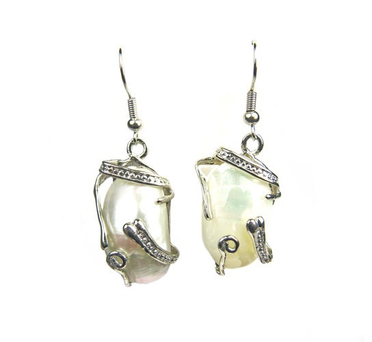 LUMINOUS WHITE SHELL DANGLE EARRINGS.
