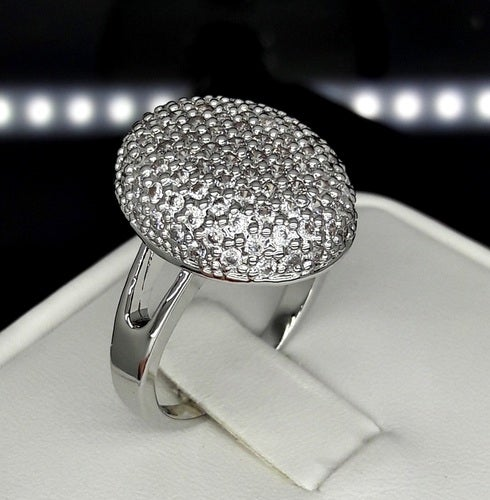 Brilliant Oval form Full Cz sparkle ring