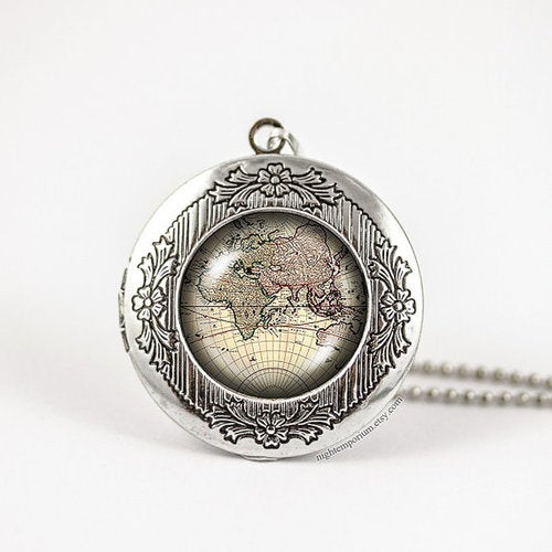 World map vintage travel bronze silver vintage locket wish photo pendant necklace holiday travel home sweet home whimsical dream traveller