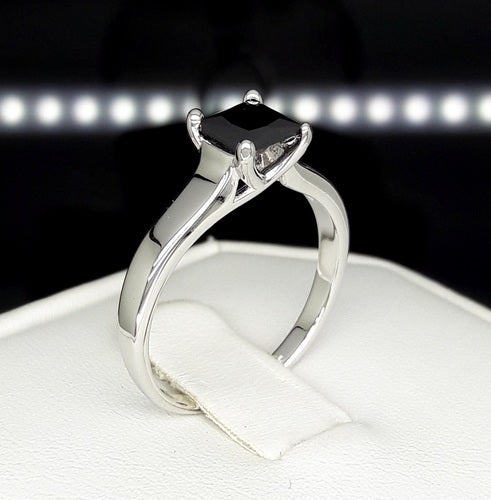 Genuine Black Onix Princess Cut solitaire ring
