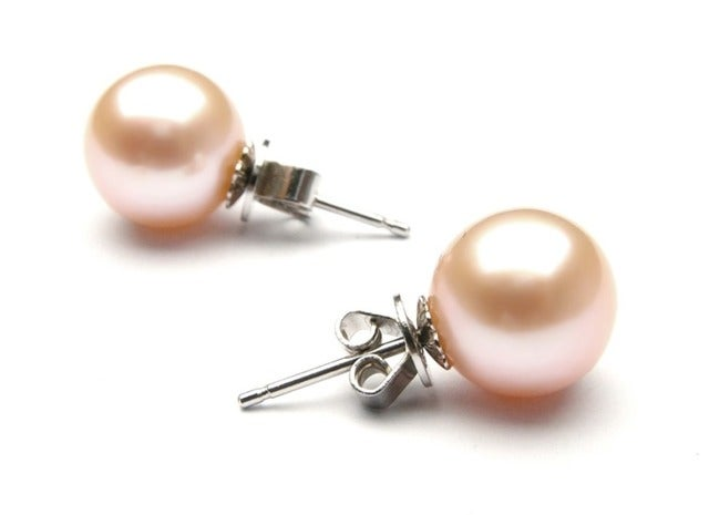 Amazing 18K Gold Plated Pink Shell Pearl Stud Earings