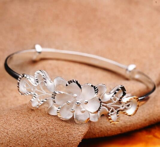 New jewelry Silver Color Flower Hollow Out Bracelet bangle
